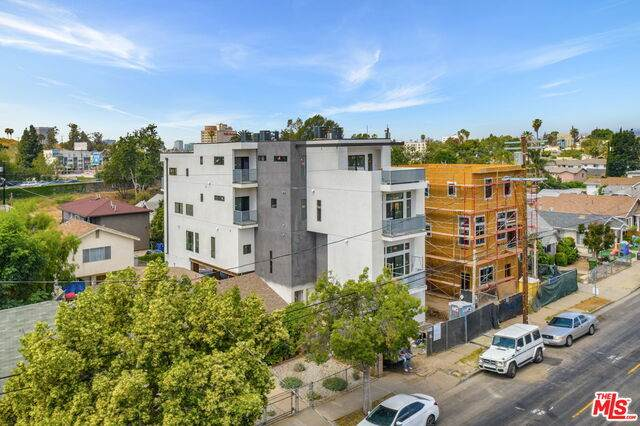 3414 London St, Los Angeles, CA 90026 (#21-729066) :: The Pratt Group