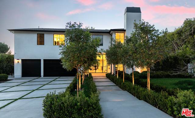 9607 Wendover Dr, Beverly Hills, CA 90210 (MLS #21-729180) :: The John Jay Group - Bennion Deville Homes