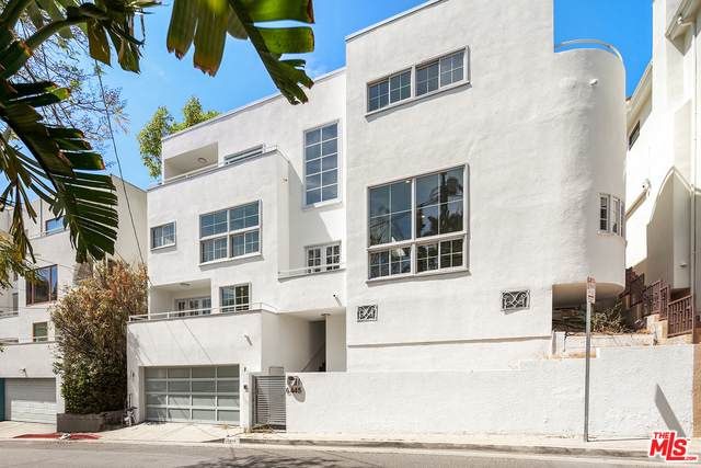6445 Deep Dell Pl, Los Angeles, CA 90068 (#21-729344) :: The Parsons Team