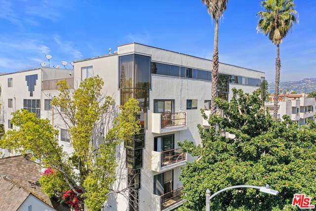 1059 S Shenandoah St #306, Los Angeles, CA 90035 (#21-729454) :: TruLine Realty