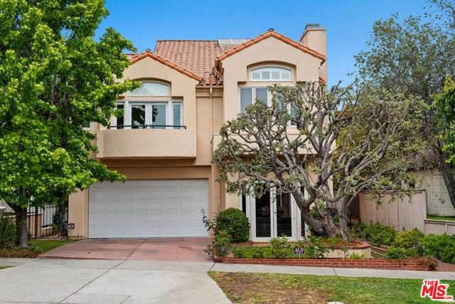 864 S Gretna Green Way, Los Angeles, CA 90049 (#21-729732) :: Lydia Gable Realty Group