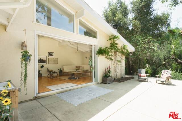 2457 Liberty Ln, Topanga, CA 90290 (#21-729734) :: The Pratt Group