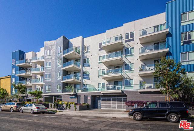 105 S Mariposa Ave #405, Los Angeles, CA 90004 (#21-729778) :: The Pratt Group