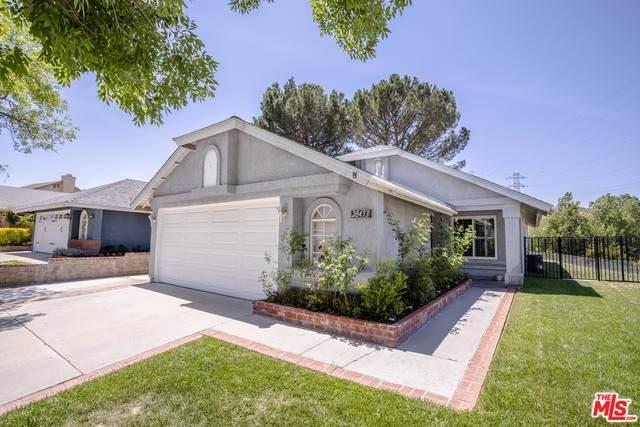 28453 Evergreen Ln, Santa Clarita, CA 91390 (#21-729874) :: Montemayor & Associates