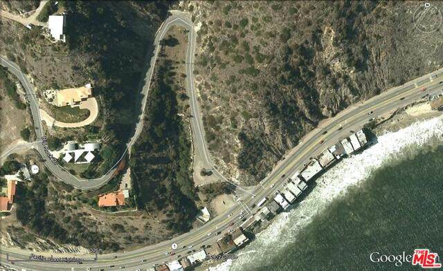19901 Pacific Coast Hwy, Malibu, CA 90265 (MLS #21-729906) :: The Jelmberg Team