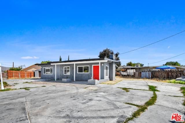 17615 Sultana St, Hesperia, CA 92345 (#21-729924) :: The Pratt Group