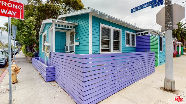 402 N Venice Blvd, Venice, CA 90291 (#21-729990) :: Berkshire Hathaway HomeServices California Properties