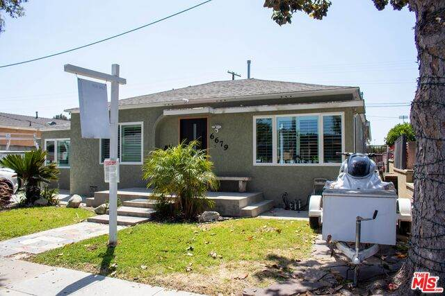 6679 Delta Ave, Long Beach, CA 90805 (#21-730400) :: Angelo Fierro Group | Compass