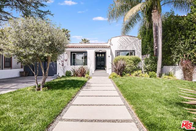 725 N Ogden Dr, Los Angeles, CA 90046 (#21-730430) :: Berkshire Hathaway HomeServices California Properties
