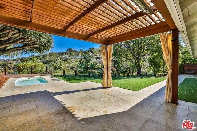 3442 Scadlock Ln, Sherman Oaks, CA 91403 (#21-730632) :: Lydia Gable Realty Group