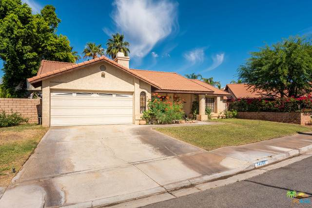 34099 Suncrest Dr, Cathedral City, CA 92234 (#21-731066) :: The Pratt Group