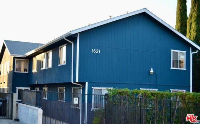 1621 Vineyard Ave #4, Los Angeles, CA 90019 (#21-731168) :: Montemayor & Associates