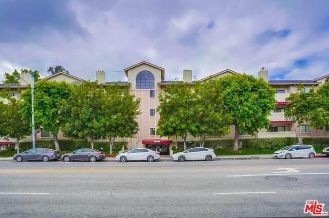 14050 Magnolia Blvd #204, Sherman Oaks, CA 91423 (#21-731200) :: The Pratt Group