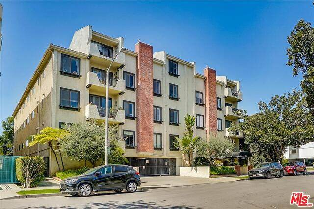 1909 Glendon Ave #103, Los Angeles, CA 90025 (#21-731472) :: Berkshire Hathaway HomeServices California Properties