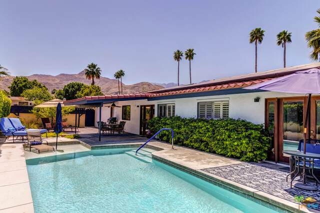 68236 Earl Rd, Cathedral City, CA 92234 (#21-731534) :: The Pratt Group