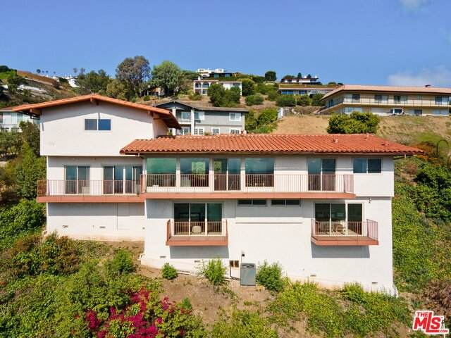 29734 Grandpoint Ln, Rancho Palos Verdes, CA 90275 (#21-731716) :: The Grillo Group