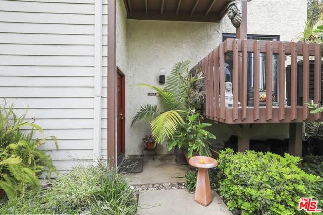 5964 Costello Ave, Van Nuys, CA 91401 (#21-731754) :: Montemayor & Associates