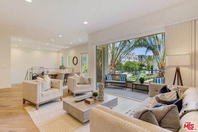 5698 Goldeneye Ct #1, Playa Vista, CA 90094 (#21-732242) :: Vida Ash Properties   Compass