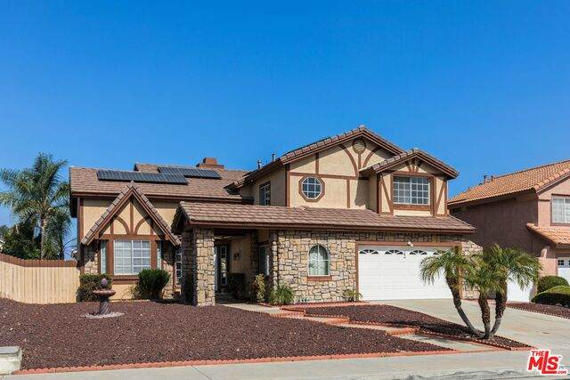 9193 Middlefield Dr, Riverside, CA 92508 (MLS #21-732282) :: Hacienda Agency Inc