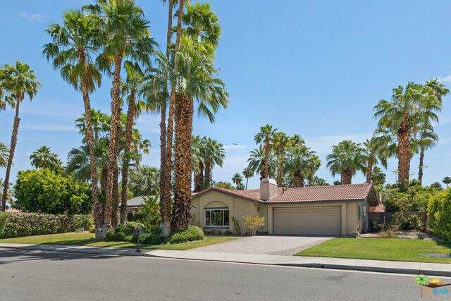 1460 Beverly Dr - Photo 1