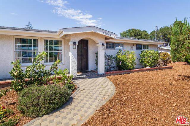 17245 Warrington Dr, Granada Hills, CA 91344 (MLS #21-733250) :: The John Jay Group - Bennion Deville Homes