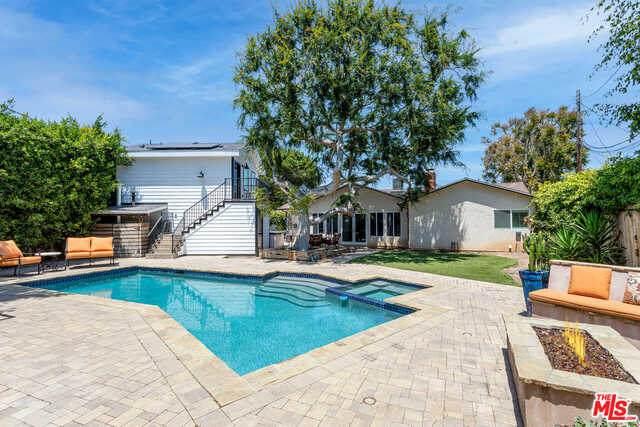2893 Dunleer Pl, Los Angeles, CA 90064 (#21-733332) :: Montemayor & Associates