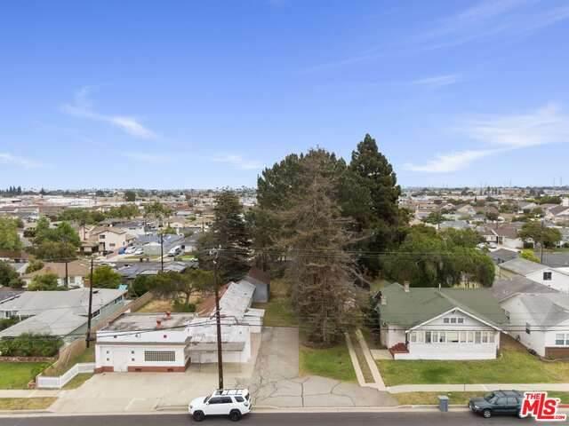 17010 Van Ness Ave, Torrance, CA 90504 (#21-733372) :: Montemayor & Associates