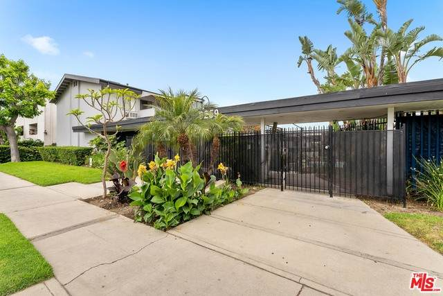 6259 Coldwater Canyon Ave #1, North Hollywood, CA 91606 (#21-733412) :: Montemayor & Associates