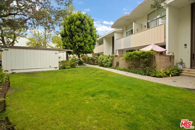 13226 Admiral Ave - Photo 1