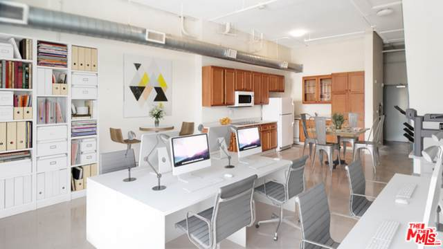 114 S Harbor Blvd, Anaheim, CA 92805 (#21-735726) :: The Bobnes Group Real Estate