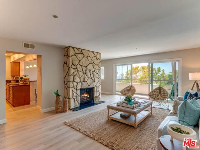 230 S Catalina Ave #206, Redondo Beach, CA 90277 (#21-735834) :: Montemayor & Associates