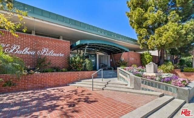 5301 Balboa Blvd - Photo 1