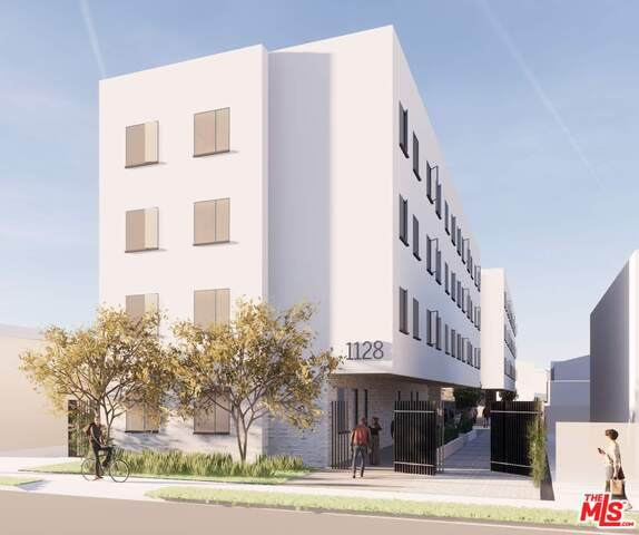1128 W 39Th St, Los Angeles, CA 90037 (#21-739702) :: Angelo Fierro Group | Compass