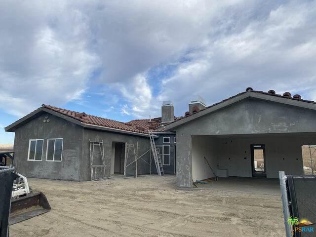 11389 Bald Eagle Lane, Desert Hot Springs, CA 92240 (#21-739758) :: Angelo Fierro Group | Compass
