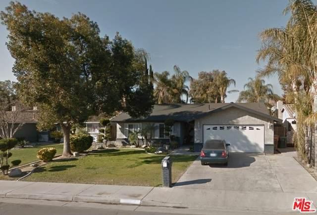 5713 Sunland Ave, Bakersfield, CA 93304 (#21-740324) :: Berkshire Hathaway HomeServices California Properties
