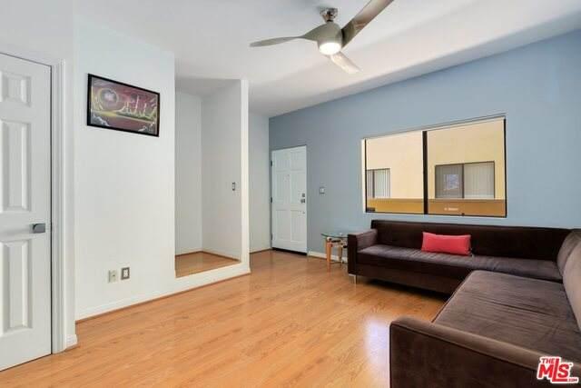 2540 S Centinela Ave #2, Los Angeles, CA 90064 (#21-740952) :: Montemayor & Associates