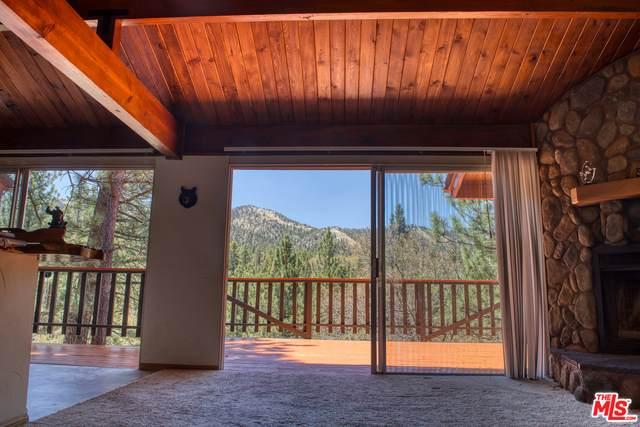 43776 Yosemite Dr, BIG BEAR LAKE, CA 92315 (#21-741256) :: The Pratt Group
