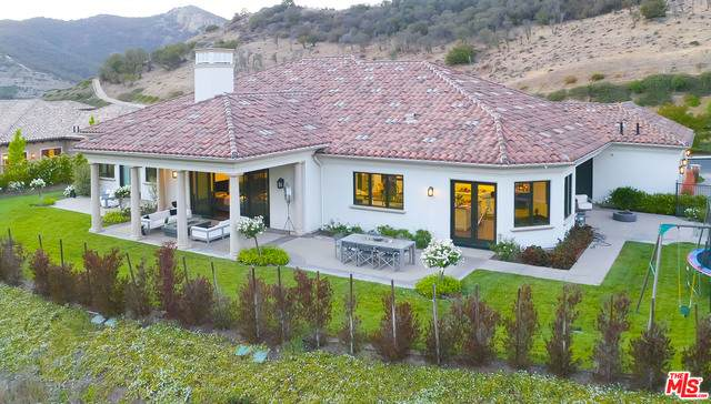 650 Williamsburg Ct, Thousand Oaks, CA 91361 (#21-741806) :: Lydia Gable Realty Group