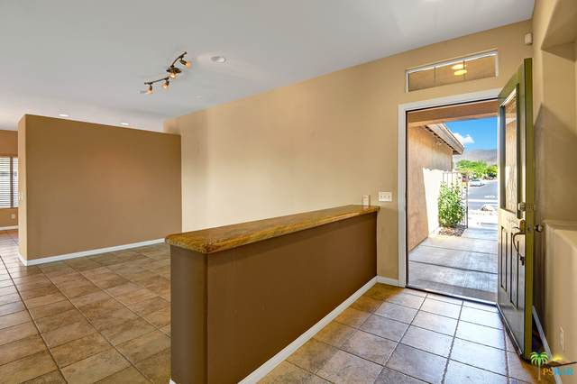 64135 Silver Star Ave, Desert Hot Springs, CA 92240 (#21-742202) :: Lydia Gable Realty Group