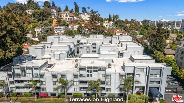 1940 N Highland Ave #79, Los Angeles, CA 90068 (#21-742726) :: Compass