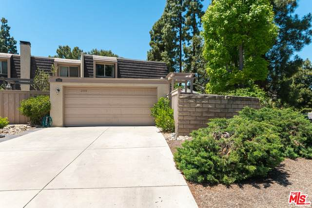 2999 Dogwood Cir, Thousand Oaks, CA 91360 (#21-742990) :: The Pratt Group