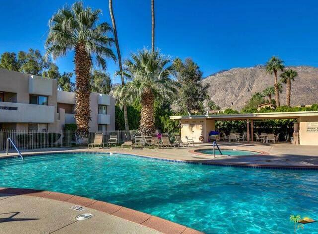 1268 E Ramon Rd #60, Palm Springs, CA 92264 (MLS #21-744262) :: Hacienda Agency Inc