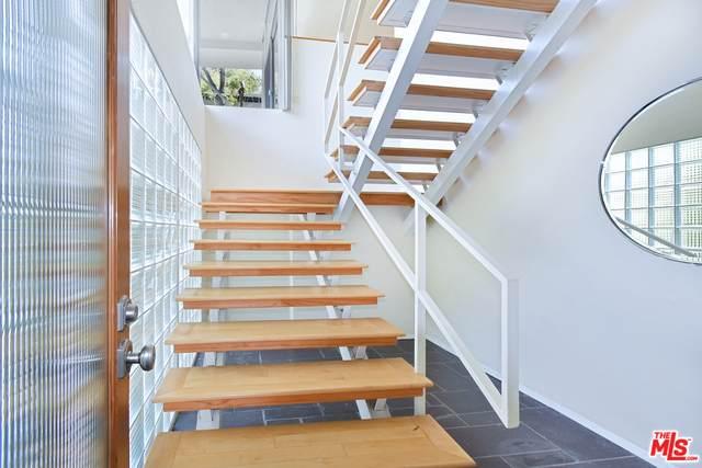 13280 Cheltenham Dr, Sherman Oaks, CA 91423 (#21-745138) :: Berkshire Hathaway HomeServices California Properties