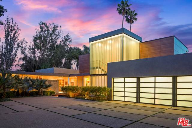 850 Linda Flora Dr, Los Angeles, CA 90049 (#21-745464) :: Montemayor & Associates