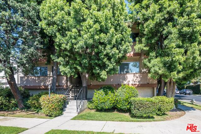 5900 Murietta Ave #203, Van Nuys, CA 91401 (#21-745694) :: Montemayor & Associates
