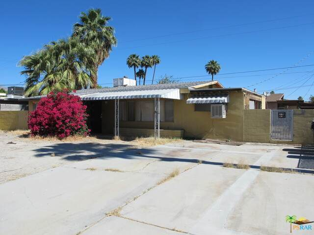 3850 E Camino San Miguel, Palm Springs, CA 92264 (MLS #21-745722) :: The John Jay Group - Bennion Deville Homes
