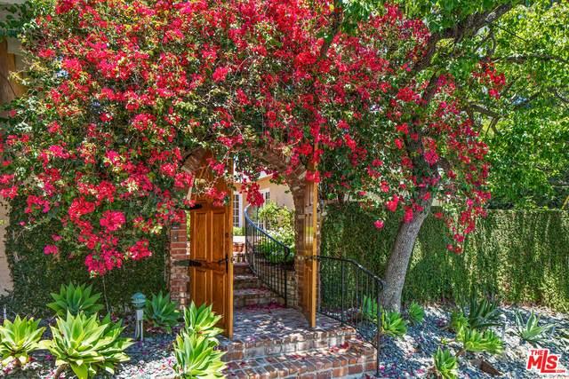 912 Honeywood Rd, Los Angeles, CA 90049 (#21-745894) :: Montemayor & Associates