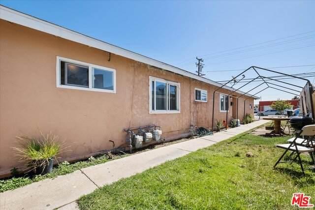 10501 S Inglewood Ave, Inglewood, CA 90304 (#21-745954) :: The Pratt Group