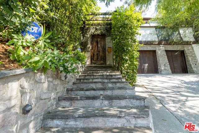 3986 Clayton Ave, Los Angeles, CA 90027 (#21-746112) :: Montemayor & Associates