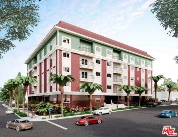 944 S Serrano Ave Ph1, Los Angeles, CA 90006 (#21-746972) :: Berkshire Hathaway HomeServices California Properties